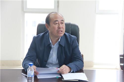 2学院党委书记赫坚领学并做工作部署.JPG