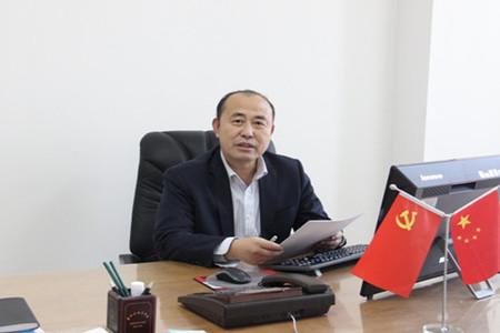 党委书记 赫坚
